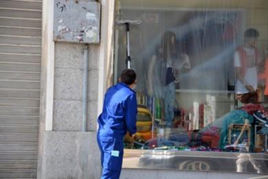 NETTOYAGE soigné des baies et portes vitrées